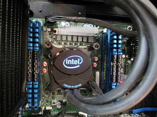 Кулер Intel Thermal Solution RTS2011LC